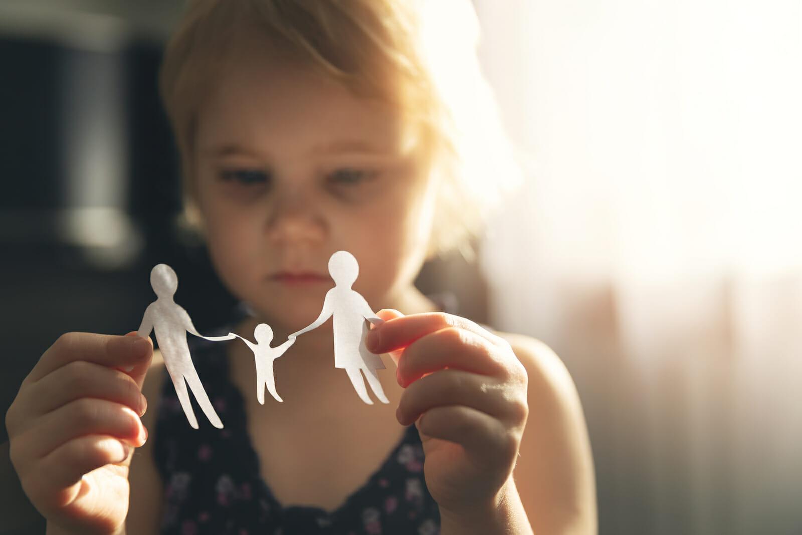 Garde d'enfants âge légal